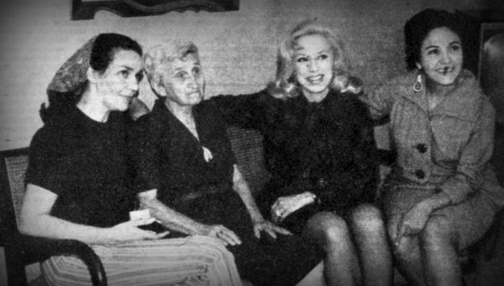 Rosa Fornes, Raquel Revuelta y Gina Cabrera